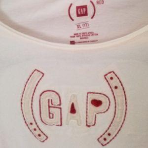 GAP RED T shirt